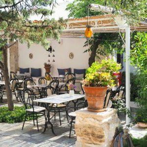 Summer terrace at Svoronos Bungalows Paros